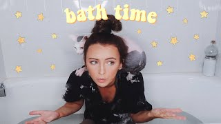 Download attempting to give my hairless cat a bath Video