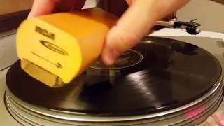 Download How to use the RCA Discwasher for Surface Cleaning Your Vinyl Records Video