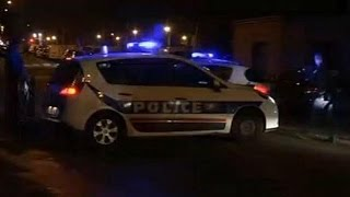 Download Paris anti-terror raid 'foils imminent French attack' Video