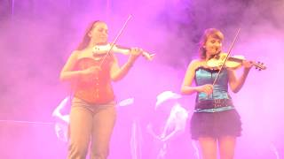 Download Country Sisters 45 years 2018 Dueling Violins + Cry of the Celts Video