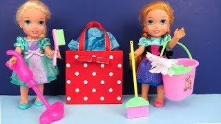 Download Mother's Day ! Elsa and Anna toddlers - Surprise - Cleaning - Gifts Video