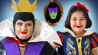Download Disney Snow White and Evil Queen | Makeup Halloween Costumes and Toys Video