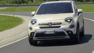 Download Fiat 500X - Traffic Sign Recognition and Speed Advisor Video