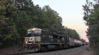 Download 33. Military Train, Eastern Power and a Traffic Jam Video