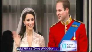 Download Royal Wedding: William and Kate's First Kiss Video