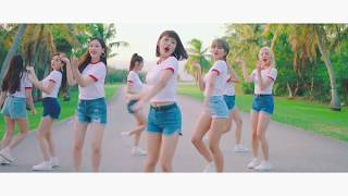 Download MOMOLAND「BBoom BBoom -Japanese ver.-」Dance Video Video