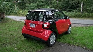 Download 2019 smart EQ fortwo electric city car - Drive Impressions Video