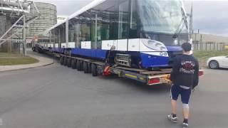 Download Náročná manipulace s tramvají Škoda 15 T ForCity Alfa pro Rigu Video