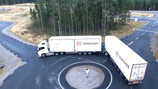 Download Long truck combination with Active Dolly Steering demonstration Video