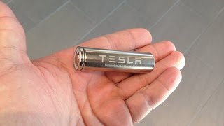 Download Tesla's new 2170 battery cell Video