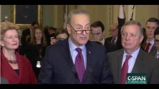 Download Schumer Shushes Tourists Visiting Capitol While Giving Press Conference Video