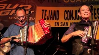 Download Flaco Jimenez and Santiago Jimenez performing together for the 1st time in 32 years Video
