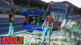 GTA 5 - LSPDFR Sports Car Patrol - Jerk Steals My Corvette! Free