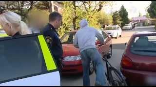 Download Polisen tar till hårdhandskarna mot brottsligheten Video