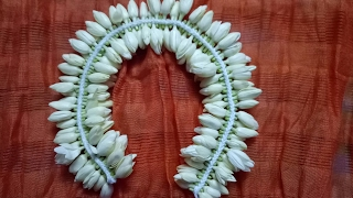 Download Awesome method to string Jasmine flower(பிண்ணல் சடை) Video