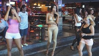 Download Pattaya Walking Street Nightlife Freelancer, Ladyboys and GoGo Girls Video