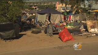 Download Authorities To Remove Homeless From OC Encampment Video