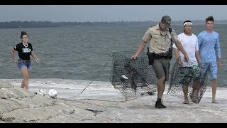 Download Great day Crabbing with a huge Citation from the FWC!!! Video