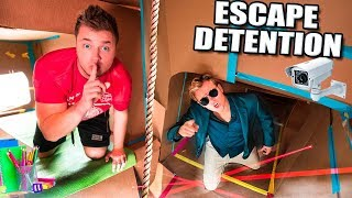 Download ESCAPE DETENTION!! Ultimate BOX FORT Highschool ESCAPE ROOM CHALLENGE (Part 1) Video