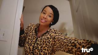 Download LaffMobb - Late Night Snack - Roz G ″Women are gangsters″ Video
