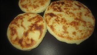 Download Como hacer Arepas rellenas de queso y jamon Venezolanas Video