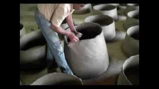 Download How a Portuguese Wood Fired Clay Oven is Made Video