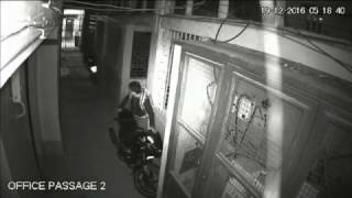 Download Bike thief caught on cctv camera in darjeeling Video