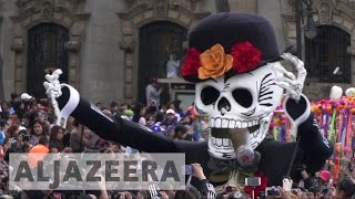 Download Mexicans celebrate first Day of the Dead procession Video