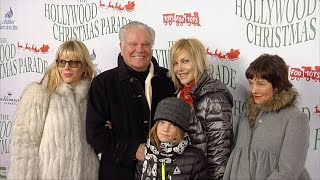Download Robert Wagner and Family ″85th Annual Hollywood Christmas Parade″ Red Carpet Video