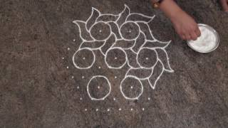 Download Simple And Easy Rangoli Design/ Simple Flower Rangoli Design with 11 Dots Video
