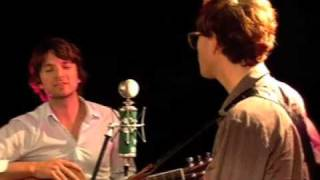 Download Kings of Convenience - The Power of Not Knowing Live at SPIN Video