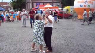 Download dziadek wyrywa antymoherową babcię! Video