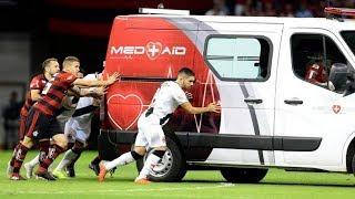 Download Ambulância Sendo Empurrada por Jogadores do Vasco e Flamengo! 15/09/2018 Video
