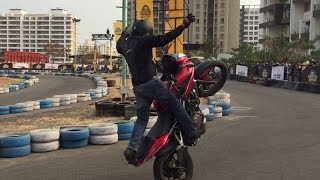 Download Pulsar Festival of Speed | Stunt Show | Pulsar AS200 | Pune | Ghost Riders Video