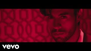 Download Enrique Iglesias - EL BAÑO ft. Bad Bunny Video