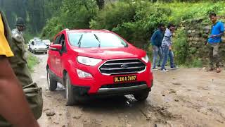 Download ecosport struggling during muddy patch on Kasol - Tosh road Video