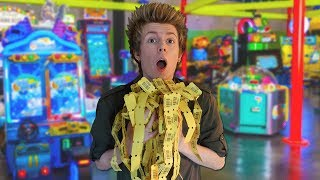 Download Having a Fun Day at the Arcade! Video