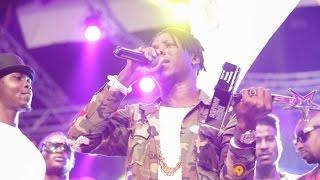 Download Stonebwoy - Dancing to Shatta Wale's Hol' It @ 4Syte TV MVA '15   Ghana Music Video