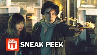 Download 'Wayne' S01E01 Exclusive Sneak Peek | 'Wanna Go To Florida?' | Rotten Tomatoes TV Video