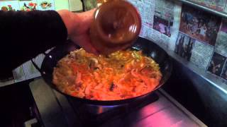 Download 我吃過世上最好吃的炒米粉~我阿母的手作料理全入境20130211 104652 Video