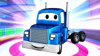 Download Carl Transforms with his friends in Car City: The racing car, the Helicopter, Plane, Ambulance ! Video