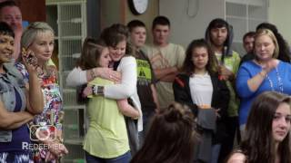 Download Grab the tissues! Soldier surprises daughters and his mother after 400 day deployment Video