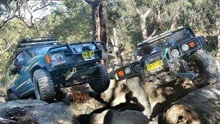 Download 4x4 Suzuki Hill Menai - Hummer H1 vs Land Rover Discovery 1 Video
