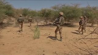 Download Mali : des soldats français blessés lors d'une attaque au mortier Video