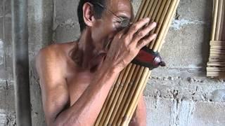 Download Lao Khaen Master Lung Kong playing Lam Sipandorn Video
