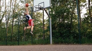 Download 5'7'' White Kid Dunks After 6 Months Of Training Video