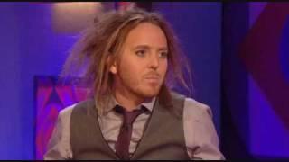 Download (HQ) Tim Minchin on Jonathan Ross 2010.07.02 (part 1) Video