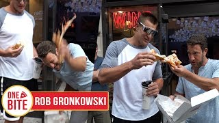 Download (Rob Gronkowski) Barstool Pizza Review - Prova Pizzabar Video