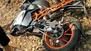 Download Found this KTM RC 200 crashed on the side of the road! | KTM Duke 200 Video