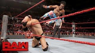 Download Kofi Kingston & Xavier Woods vs. Luke Gallows & Karl Anderson: Raw, Sept. 12, 2016 Video